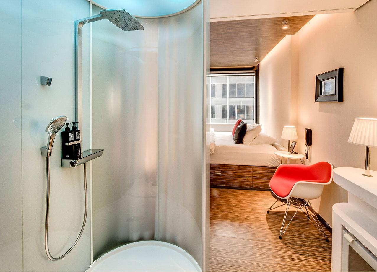 dank sch nster hotelzimmer und b der f hlt man sich berall zuhause. Black Bedroom Furniture Sets. Home Design Ideas