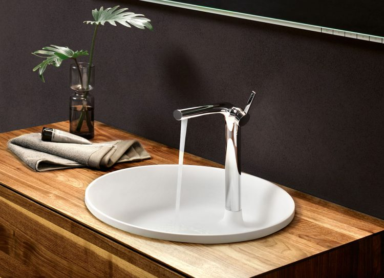wo es gutes bad fliesen gibt inspirationen und shopping tipps. Black Bedroom Furniture Sets. Home Design Ideas